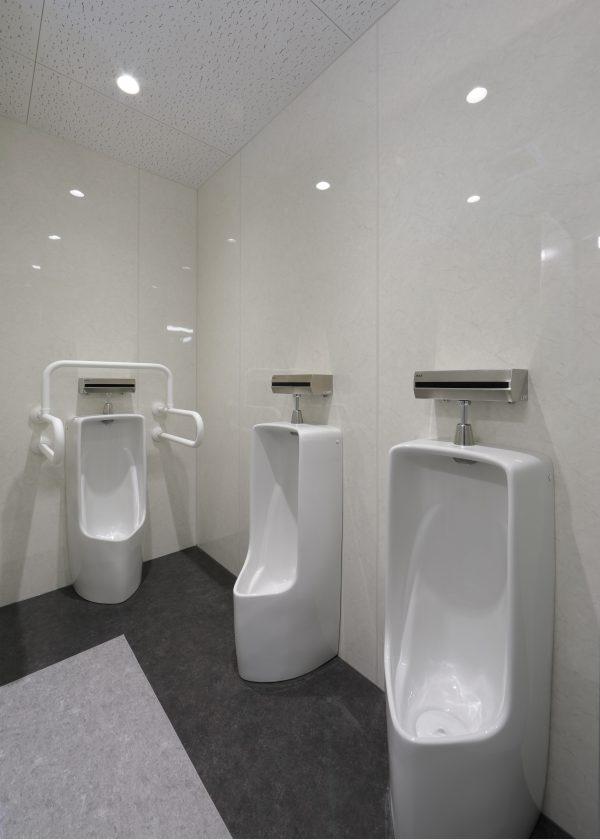 4F 男子トイレ